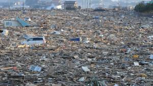 japan-tsunami-devastation-2011-03-13